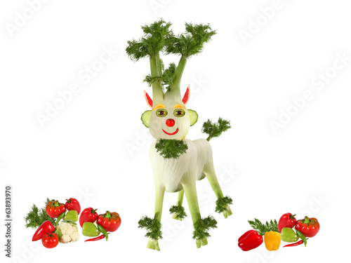 Goat made ??of fennel standing with vegetables