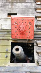 Aspillera con cañón de barco pirata, Génova, Italia