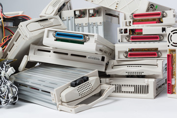 Computerschrott Festplattengehäuse