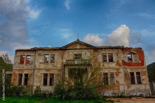 canvas print picture Abandoned mansion...