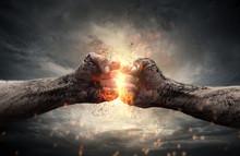 "Постер, картина, фотообои ""Fight, two fists hitting each other over dramatic sky"""