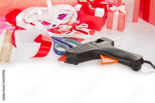 materials for packaging gifts