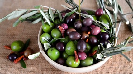 olives with olive oil and chili pepper