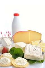 formaggi molli e latticini verticale bianco