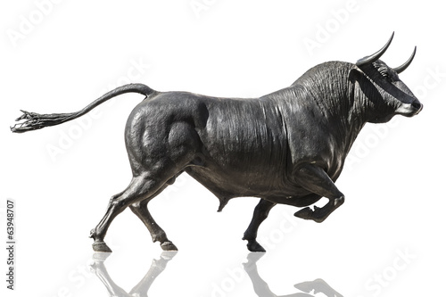 Aluminium Stierenvechten Bull isolated on white background