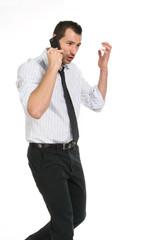 Ragazzo che parla al telefono