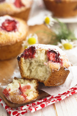 Strawberry and vanilla muffins