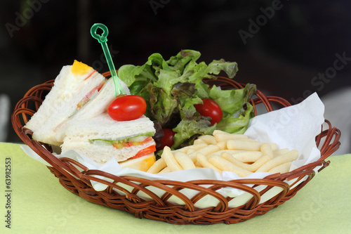 freshly Sandwich in a basket
