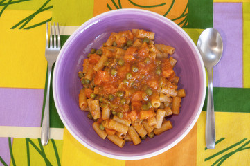 Pasta with vegetable bolognese sauce