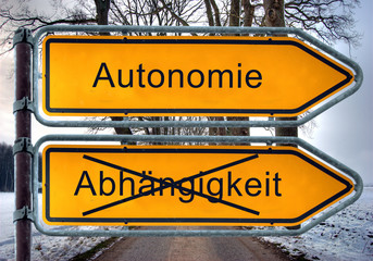 Strassenschild 4 -Autonomie