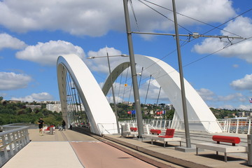 Pont Raymond Barre à Lyon