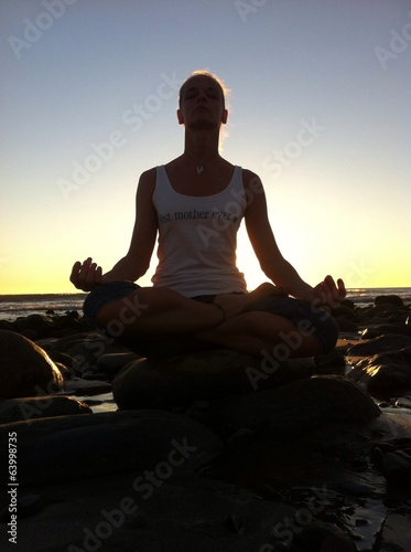 canvas print picture Meditation Yoga am Strand