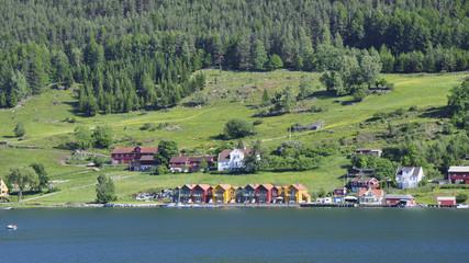 Kaupanger, Dorf, Amla-Bucht, Sognefjord, Sommer, Norwegen