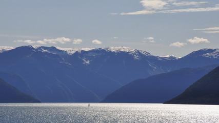 Laerdalsfjord, Laerdal, Fjord, Dorf, Abendstimmung, Norwegen