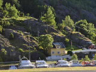 Laerdal, Laerdalsfjord, Fischerdorf, Sommer, Norwegen