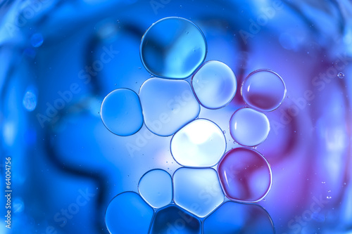 Coloured Bubbles on Water Surface: Globules