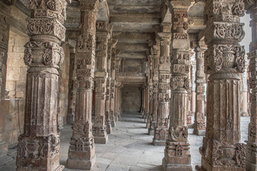Pillars in qutub complex