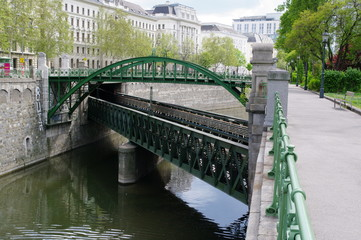 Brücke über Brücke in Wien 3