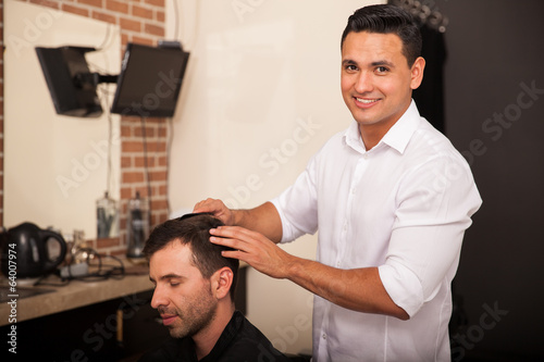 Hispanic barber at work