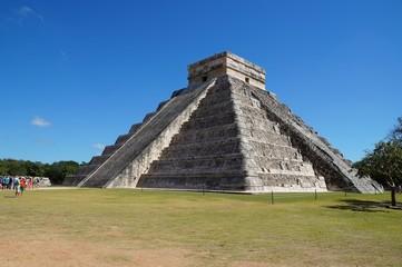 Mayan pyramid in Chichen Itza