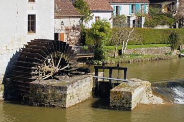 roue du moulin d'Angles sur l'Anglin