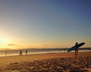 surf in byron bay