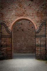vecchio cancello medievale