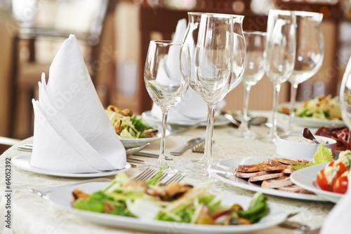 Papiers peints Buffet, Bar catering table set