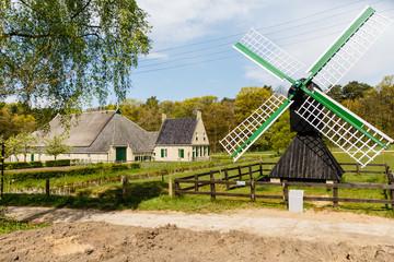 Kleine windwatermolen, Gorredijk (Friesland) 1800