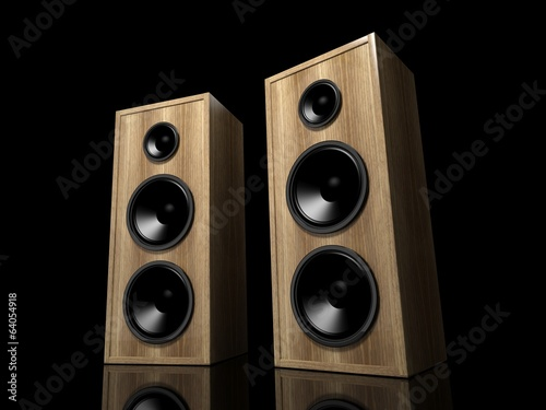 dos-altavoces-de-madera-clasicos-sobre-fondo-negro-con-reflejo