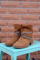 Shoe shelf with women boots