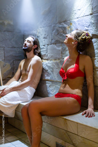 canvas print picture Paar im Wellness Spa Dampfbad