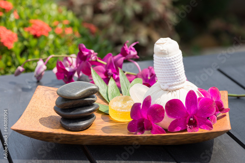 Traditional Herbal Spa Massage