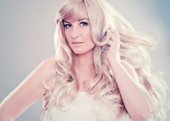 fashion shots 13-dreamlike blond hair