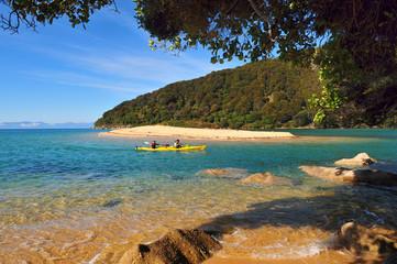 Plage sur la mer de Tasman.