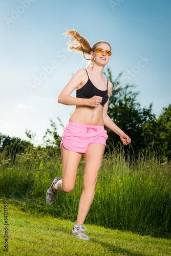 joggen bei sonnenschein
