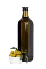 Flasche Olivenöl und Oliven in Schale, isoliert