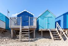 Cabines de plage bleues