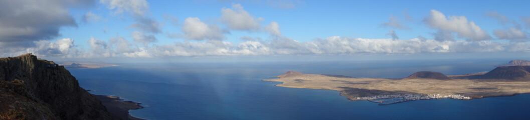 Lanzarote. Panorámica Del Mirador Del Río Y La Graciosa