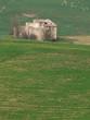 rudere nella campagna