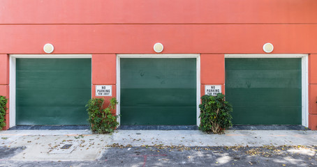 garages in miami
