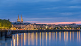 Fototapety View on Bordeaux in the evening - France