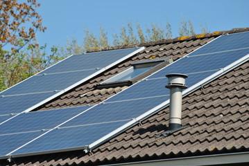 Zonnepanelen op het dak voor een goed milieu