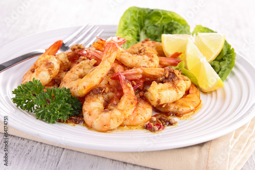 cooked shrimp and parsley