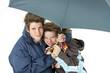 Unter dem Regenschirm