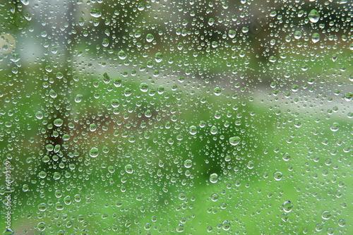 krople wody © fotodrobik