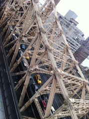 Traffic in the Queensboro Bridge