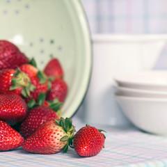 Erdbeere im Sieb