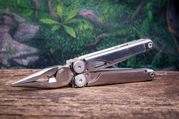multitool, multi purpose tool with plyers and knife