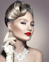 Beauty retro woman with perfect makeup and hairstyle © Subbotina Anna